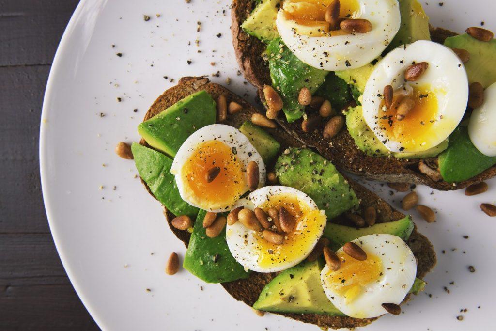 Wie man eine Diät macht, um in einem Monat Gewicht zu verlieren